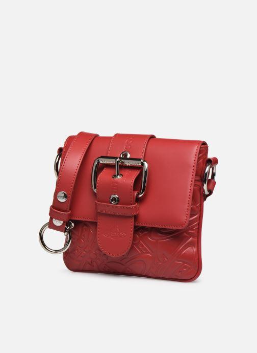 Sacs à main Vivienne Westwood Alexa Small Handbag Rouge vue portées chaussures