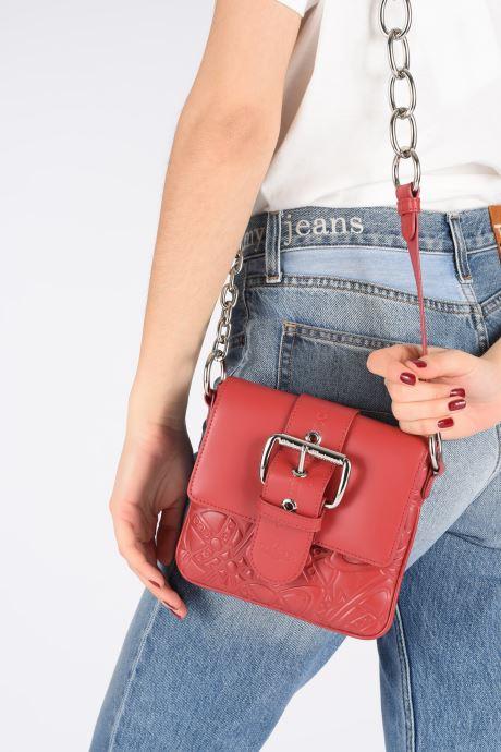 Sacs à main Vivienne Westwood Alexa Small Handbag Rouge vue bas / vue portée sac