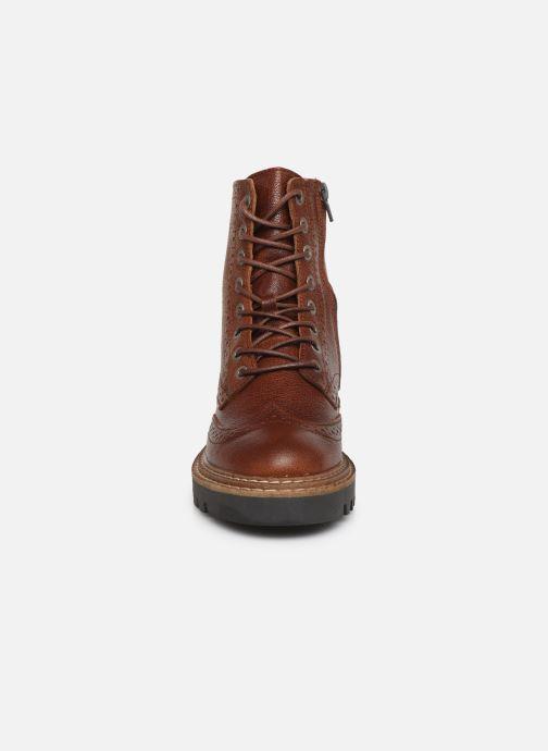 Bottines et boots Bullboxer 362507E6L Marron vue portées chaussures