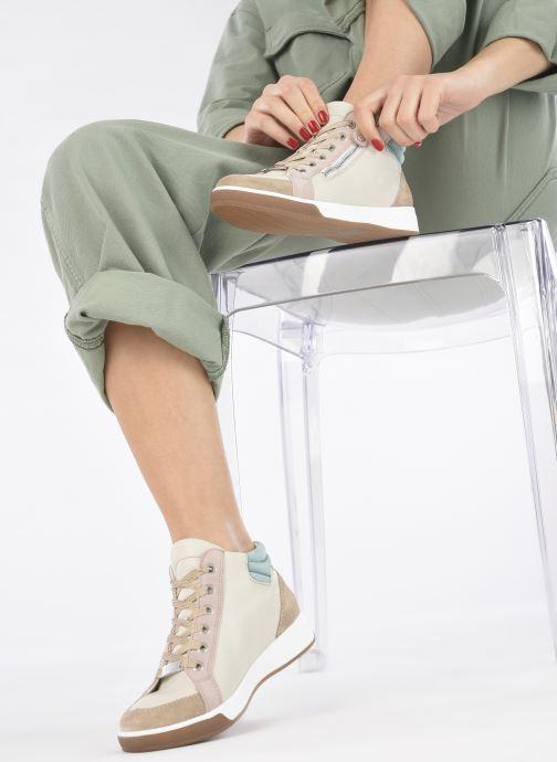 Baskets Ara Sible OM St High Soft 34499 Beige vue bas / vue portée sac