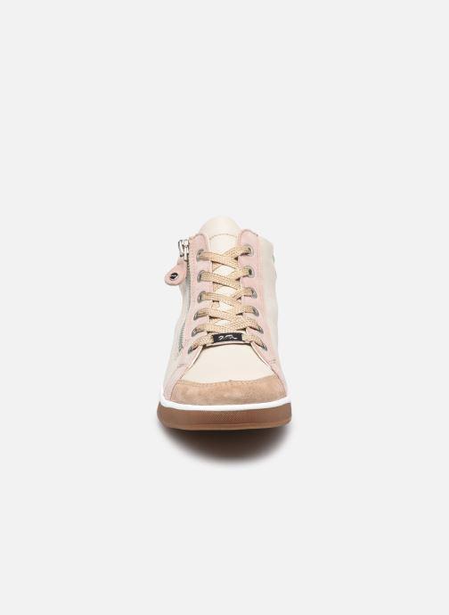 Baskets Ara Sible OM St High Soft 34499 Beige vue portées chaussures