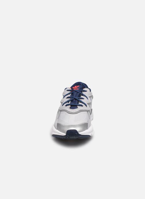Sneaker adidas originals Ozweego grau schuhe getragen