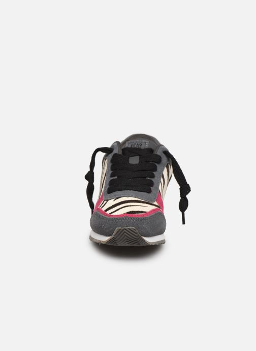 Sneakers Colors of California Tynee II Multicolore modello indossato