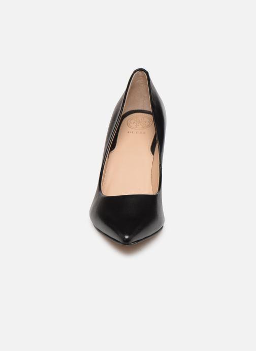 Zapatos de tacón Guess BENNIE15 Negro vista del modelo