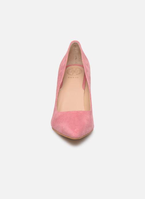 Zapatos de tacón Guess BENNIE16 Rosa vista del modelo