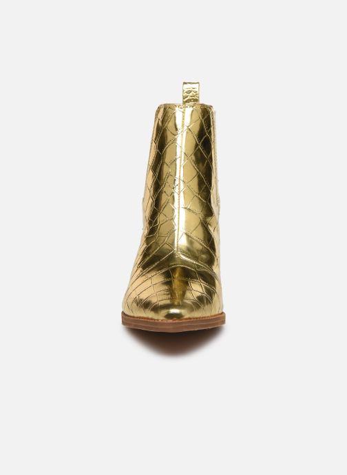 Bottines et boots Guess NEA Or et bronze vue portées chaussures