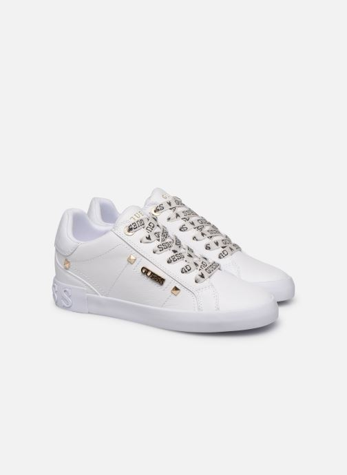 Trainers Guess PUXLY White 3/4 view