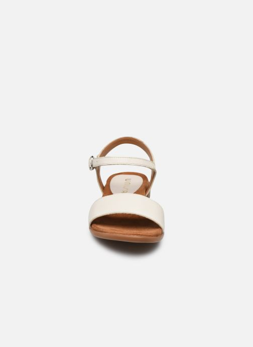 Sandales et nu-pieds Unisa Lirita Beige vue portées chaussures