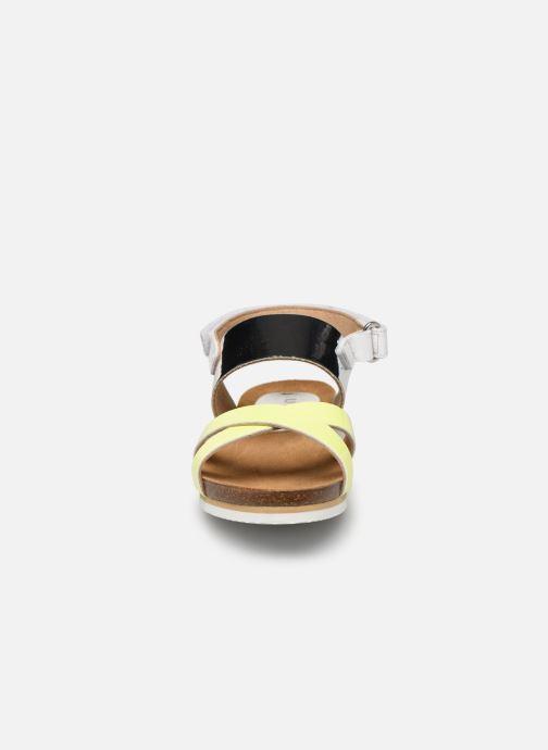 Sandalen Unisa Madu silber schuhe getragen