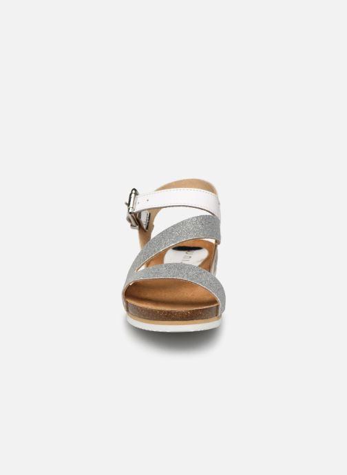 Sandalen Unisa Makena silber schuhe getragen