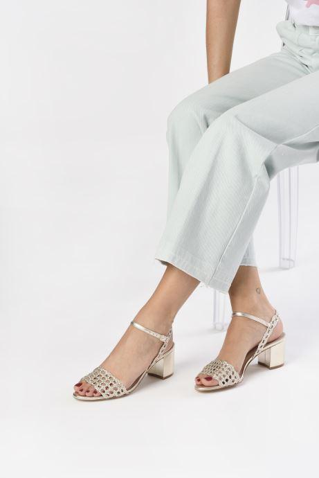 Sandales et nu-pieds Petite mendigote Lelio Foil Or et bronze vue bas / vue portée sac
