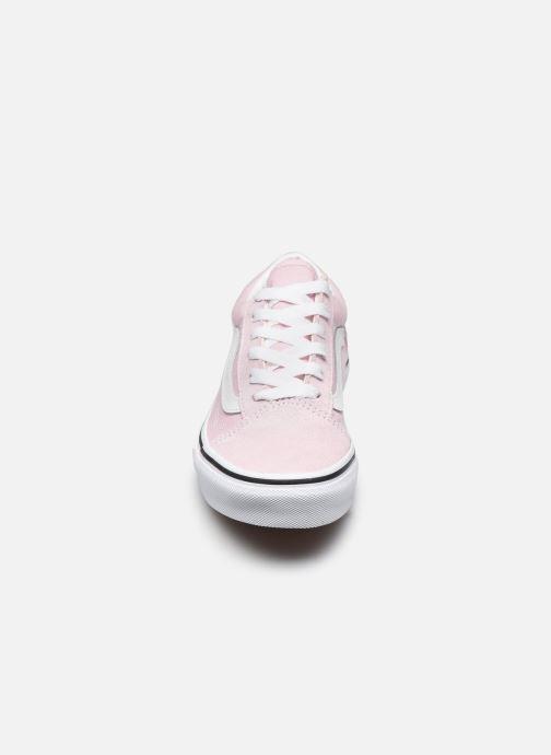 Baskets Vans UY Old Skool Rose vue portées chaussures