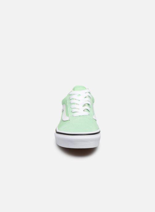 Baskets Vans UY Old Skool Vert vue portées chaussures