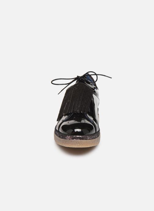 Snøresko Humat Elsa Sort se skoene på