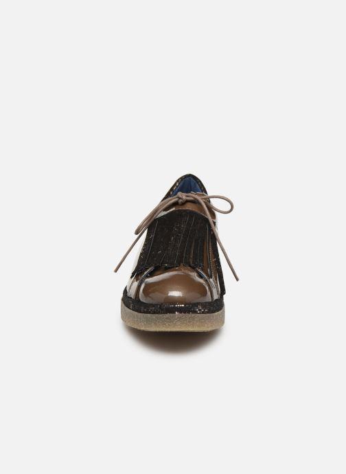 Lace-up shoes Humat Elsa Brown model view