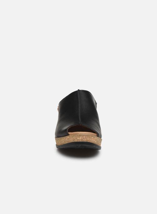 Mules et sabots El Naturalista Leaves Friendly Vegan Noir vue portées chaussures