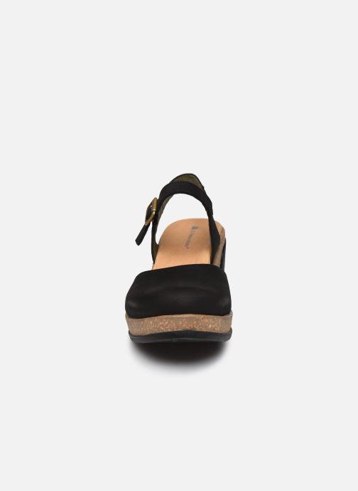 Sandales et nu-pieds El Naturalista Leaves 5001 Noir vue portées chaussures