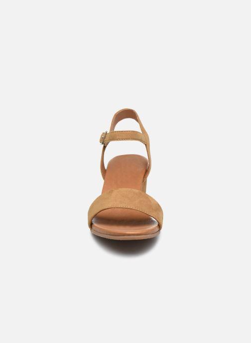 Sandalen Georgia Rose Soft Ablican braun schuhe getragen