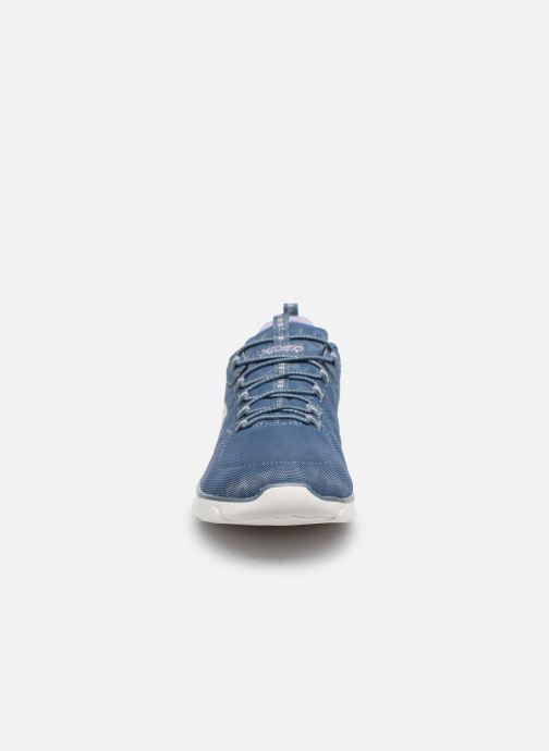 Baskets Skechers EMPIRE D'LUX SPOTTED Bleu vue portées chaussures