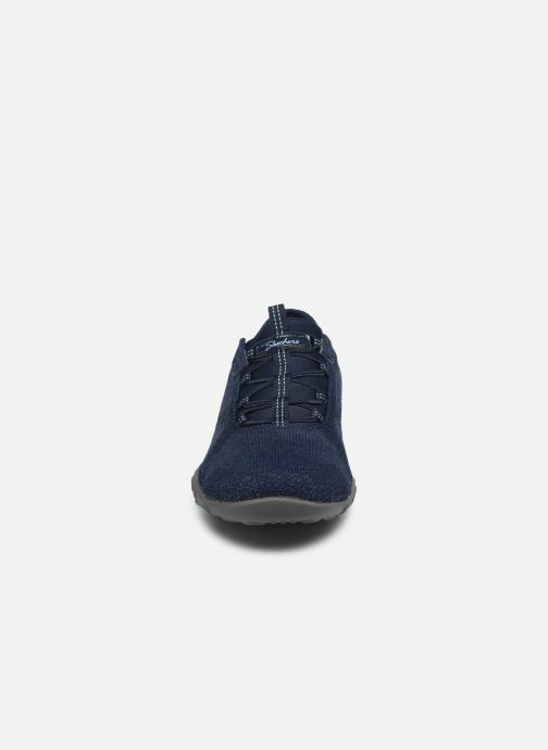 Baskets Skechers BREATHE-EASY OPPORTUKNITY Bleu vue portées chaussures