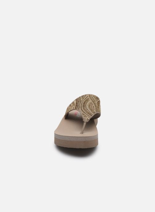 Tongs Skechers VINYASA STONE CANDY Beige vue portées chaussures