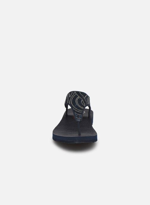 Sandali e scarpe aperte Skechers MEDITATION NEW MOON Azzurro modello indossato