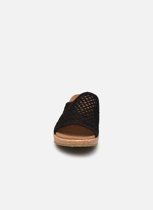 Mules et sabots Skechers BEVERLEE GOLDEN SKY Noir vue portées chaussures