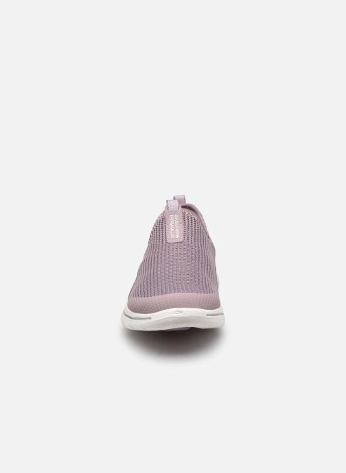 Baskets Skechers GO WALK 5 SOVEREIGN Violet vue portées chaussures