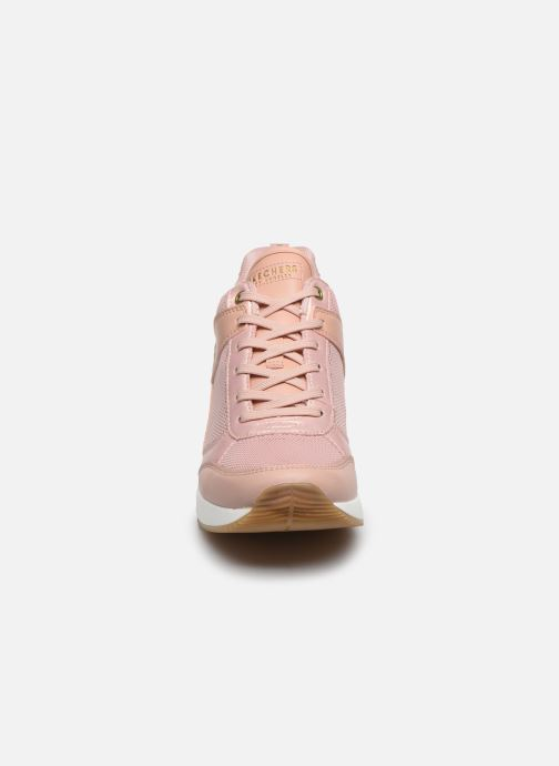 Baskets Skechers MILLION AIR UP THERE Rose vue portées chaussures
