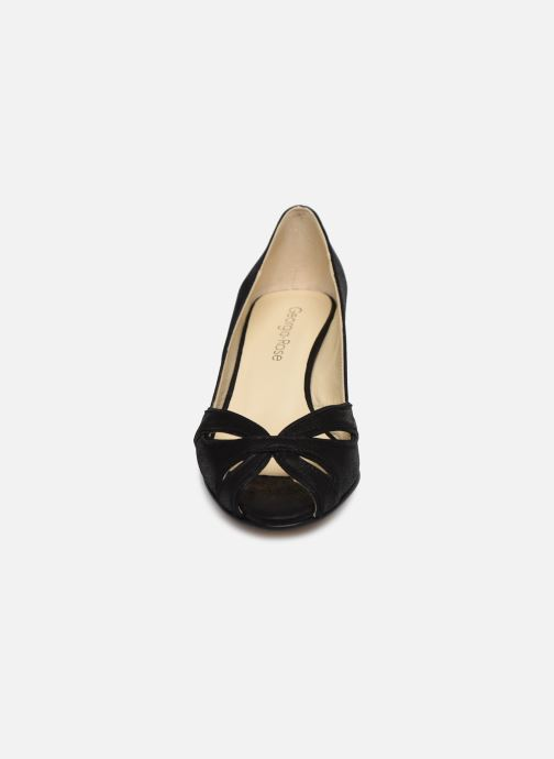 Zapatos de tacón Georgia Rose Dicroisa Negro vista del modelo