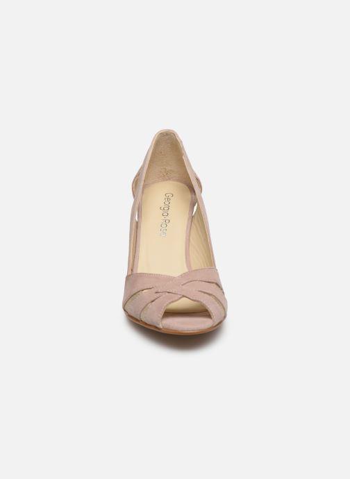 Zapatos de tacón Georgia Rose Demerva Beige vista del modelo