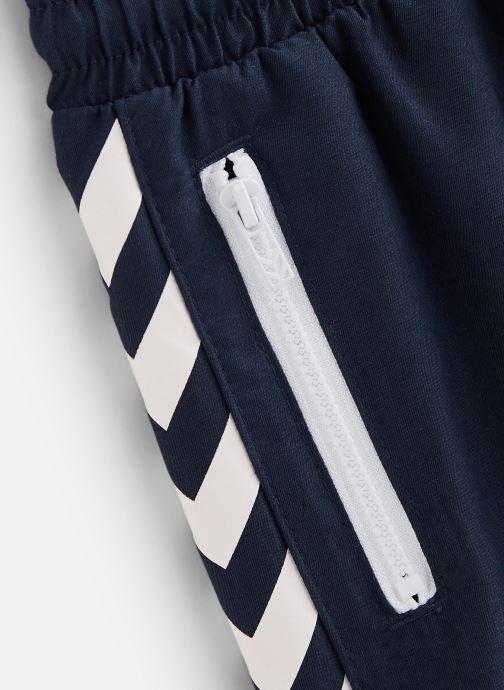 Vêtements Hummel Maillot Delta Board Shorts Noir vue portées chaussures