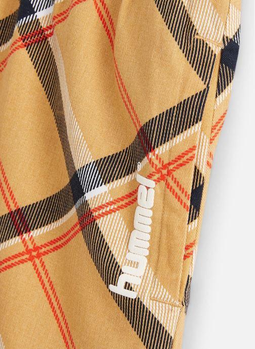 Vêtements Hummel John Shorts Beige vue portées chaussures