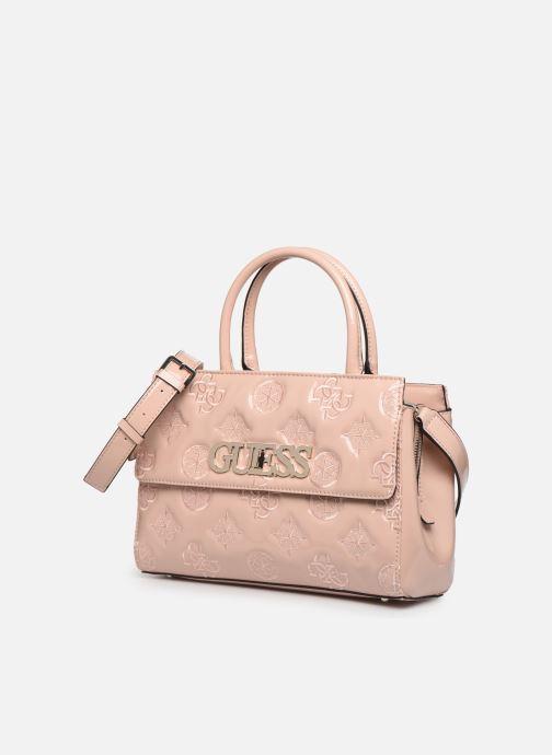 Bolsos de mano Guess GUESS CHIC GIRLFRIEND SATCHEL Rosa vista del modelo