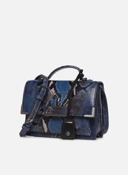 Bolsos de mano Guess BELL LEATHER CROSSBODY FLAP Azul vista del modelo