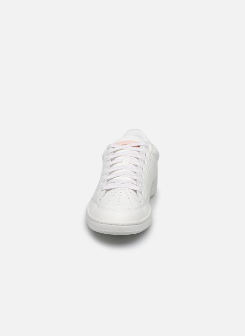 Trainers Le Coq Sportif Court Clay White model view