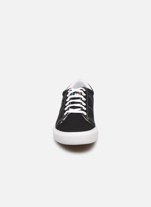 Sneakers Le Coq Sportif Verdon Plus Nero modello indossato
