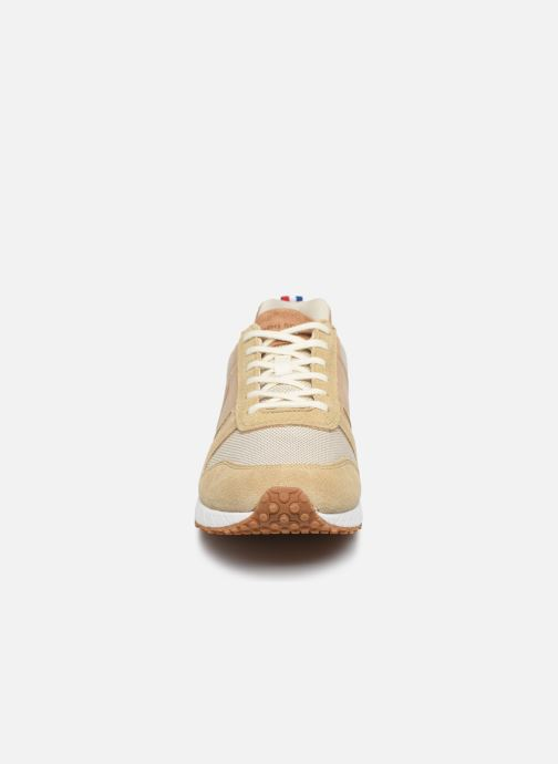 Baskets Le Coq Sportif Jazzy Classic Beige vue portées chaussures