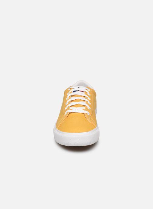 Baskets Le Coq Sportif Verdon Plus M Jaune vue portées chaussures