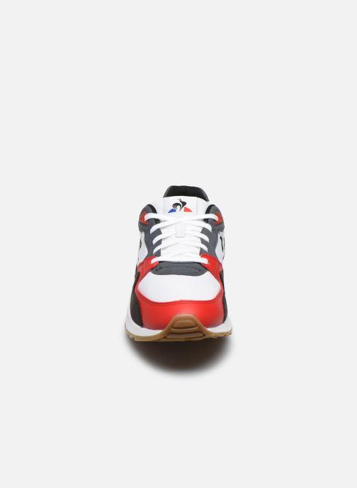 Sneakers Le Coq Sportif LCS R800 Rosso modello indossato