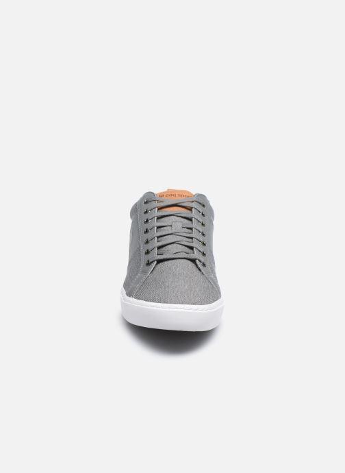 Baskets Le Coq Sportif Verdon Classic Gris vue portées chaussures