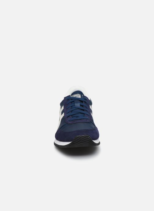 Baskets Onitsuka Tiger New York Bleu vue portées chaussures