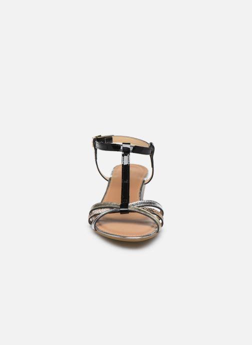 Sandales et nu-pieds Georgia Rose Loulato Noir vue portées chaussures