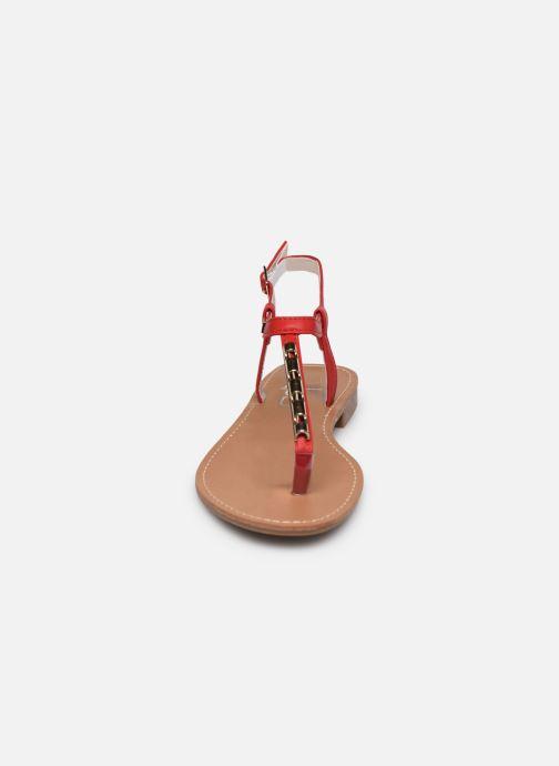 Sandalen LPB -LES PETITES BOMBES MANEL rot schuhe getragen