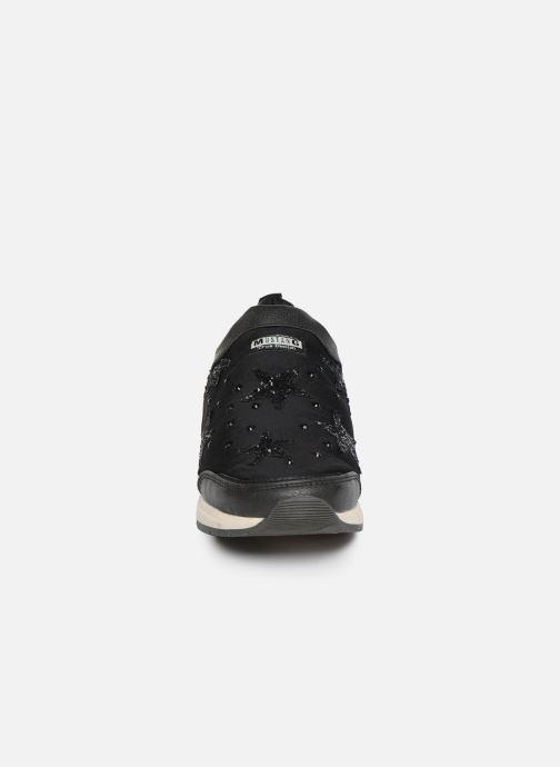 Baskets Mustang shoes 1289402 Noir vue portées chaussures