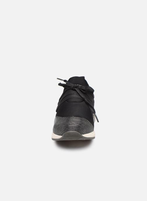 Baskets Mustang shoes 1289403 Argent vue portées chaussures