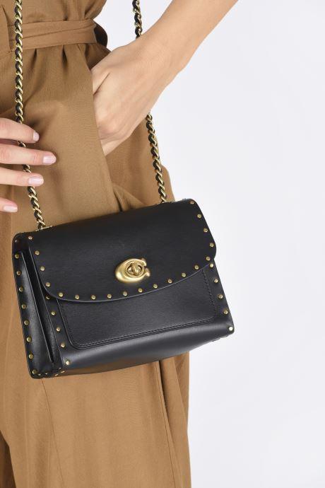 Bolsos de mano Coach Parker 18 Shoulder Bag Negro vista de abajo