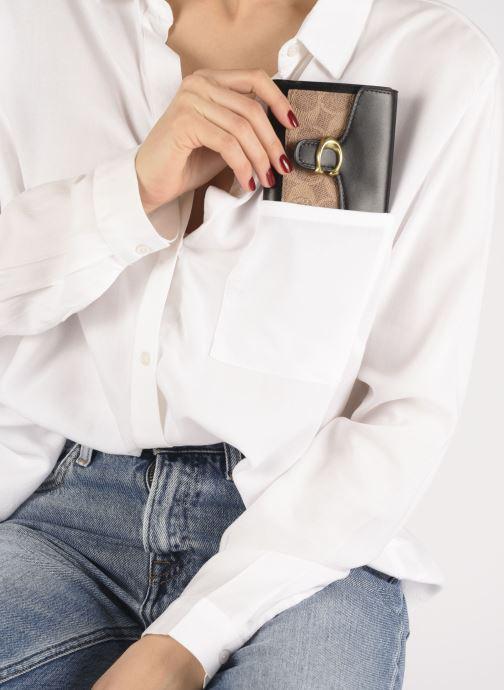 Petite Maroquinerie Coach Tabby Small Wallet Noir vue bas / vue portée sac