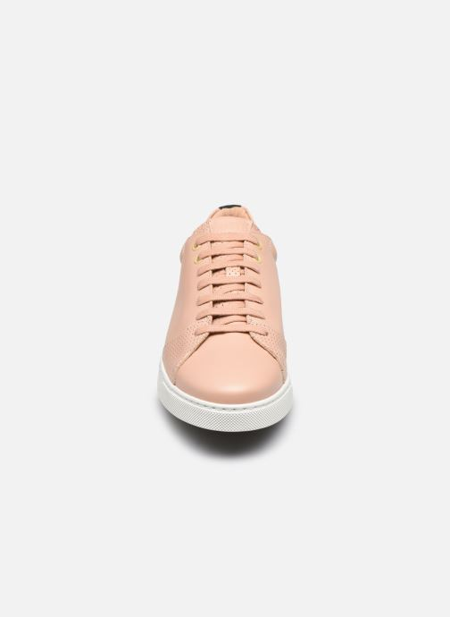 Sneaker OTH Graviere Cuir Recycle W beige schuhe getragen
