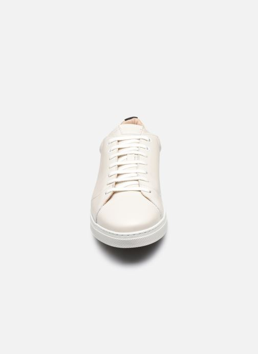 Baskets OTH Graviere Cuir Recycle M Blanc vue portées chaussures